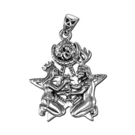 ciondolo raffigurante il Grande Rito, in argento.